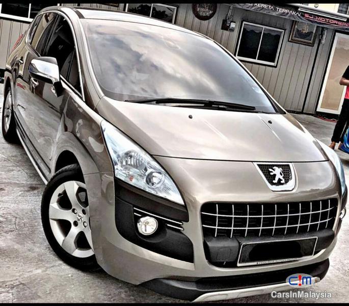 Peugeot 3008 Turbo Automatic 2010 - image 10