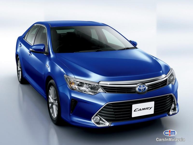 Pictures of Toyota Camry 2.0 GX Automatic 2017
