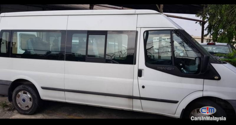 Picture of Ford Transit 2.2-LITER 13 SEATER DIESEL TRANSPORT Manual 2015
