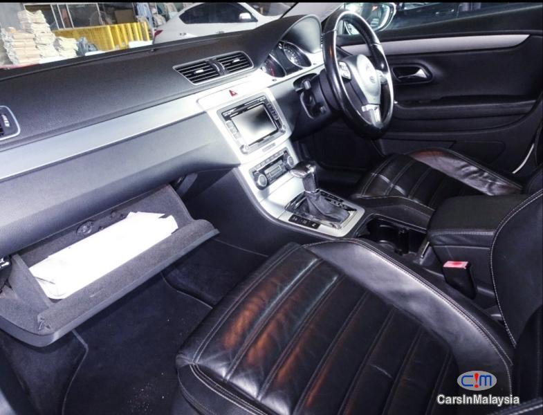 Picture of Volkswagen Passat 2.0-LITER LUXURY SEDAN TFSI TURBO Automatic 2011 in Malaysia