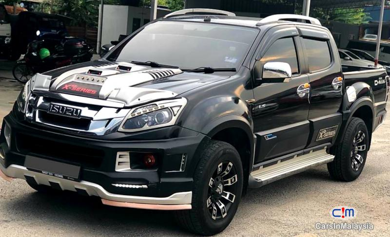 Pictures of Isuzu D-Max 2.5-LITER 4X4 DOUBLE CAB DIESEL TURBO Automatic 2016