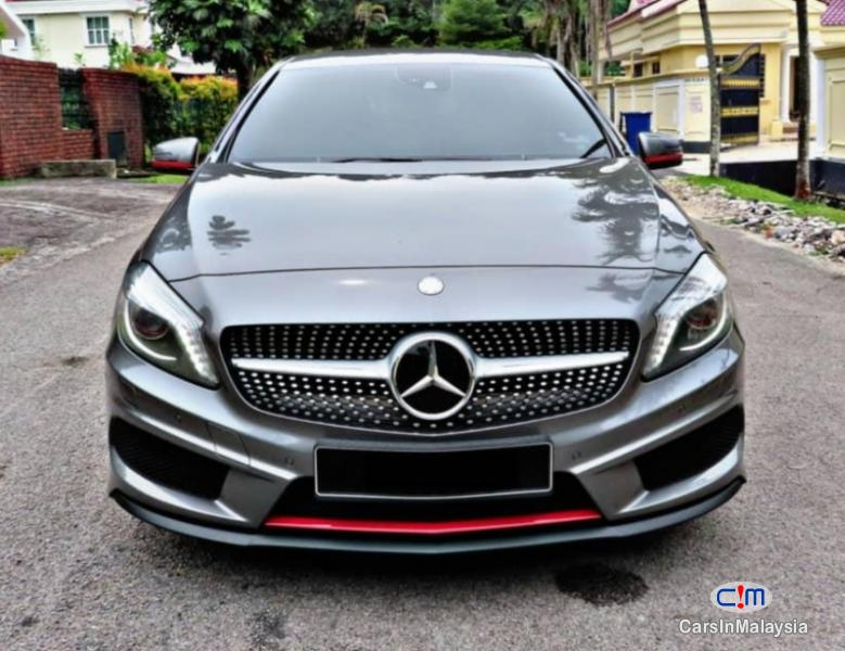 Pictures of Mercedes Benz A250 2.4-LITER LUXURY SPORT HATCHBACK Automatic 2015
