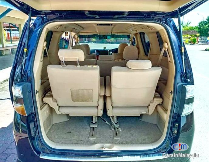 Toyota Vellfire 2.4-LITER LUXURY AUTO MPV 8 SEATER Automatic 2016 - image 9