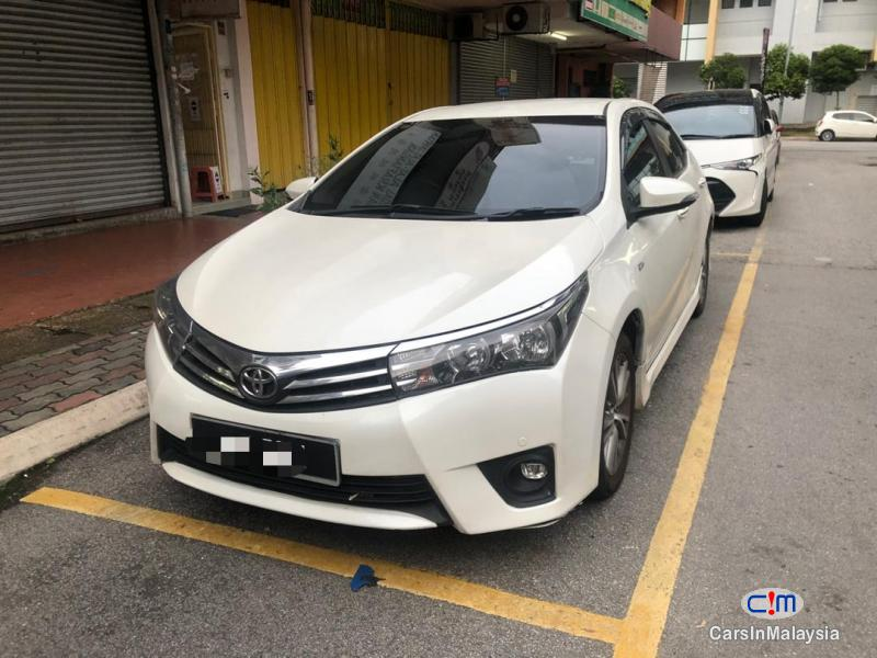 Picture of Toyota Altis 1.8-LITER FAMILY SEDAN Automatic 2016