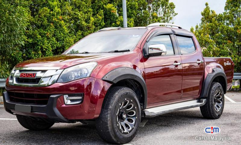 Picture of Isuzu D-Max 3.0-LITER DOUBLE CAB DIESEL TURBO22 Automatic 2016