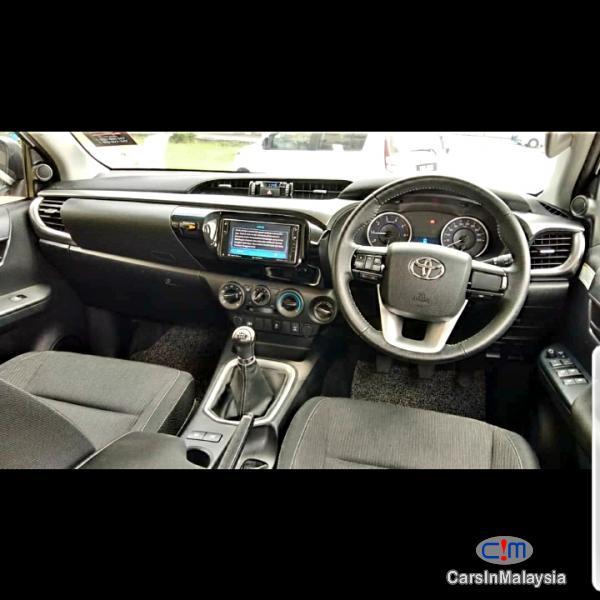 Toyota Hilux REVO 2.4 Manual 2018 in Malaysia