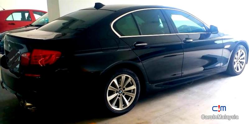 Picture of BMW 5 Series 2.5-LITER LUXURY SEDAN Automatic 2011