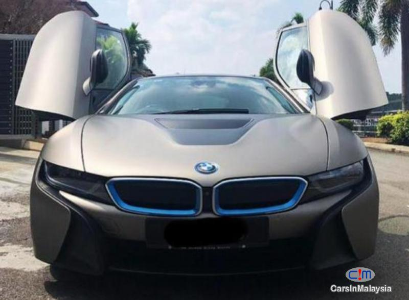 Picture of BMW i 1.5-LITER HYBRID SPORTS CAR Automatic 2015