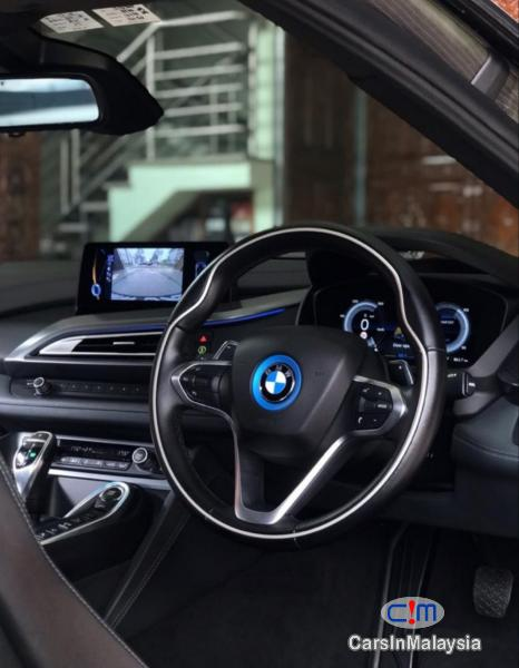 BMW i 1.5-LITER HYBRID SPORTS CAR Automatic 2015 in Selangor
