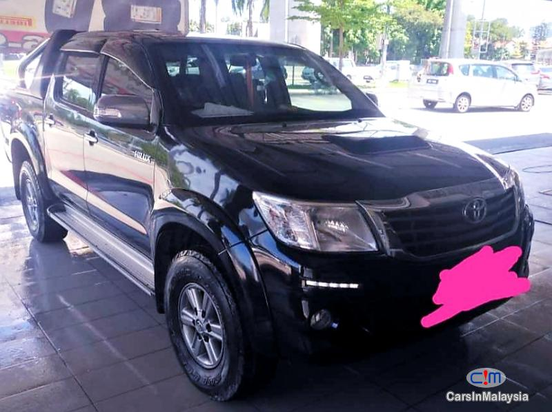Picture of Toyota Hilux 2.5-LITER 4x4 DOUBLE CAB DIESEL TURBO Automatic 2015 in Kuala Lumpur