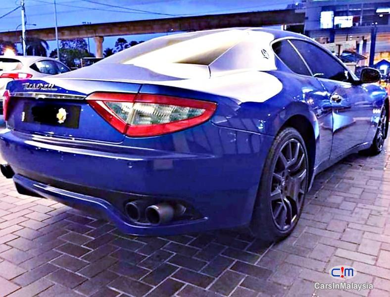 Maserati GranTurismo 4.2-LITER LUXURY SUPER SPORT CAR Automatic 2007