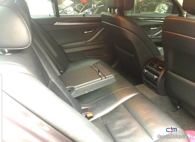 BMW 5 Series 2.0-LITER LUXURY SEDAN LOW MONTHLY RM1600 Automatic 2013 in Selangor - image