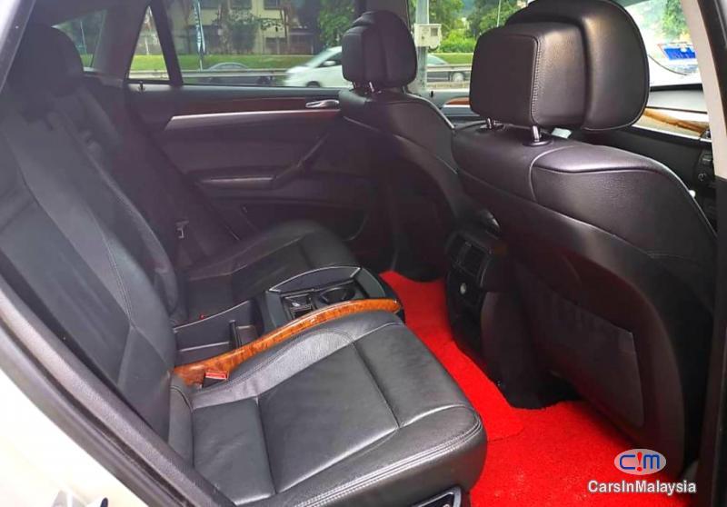 BMW X 3.0-LITER PETROL LUXURY SUV Automatic 2011 - image 11