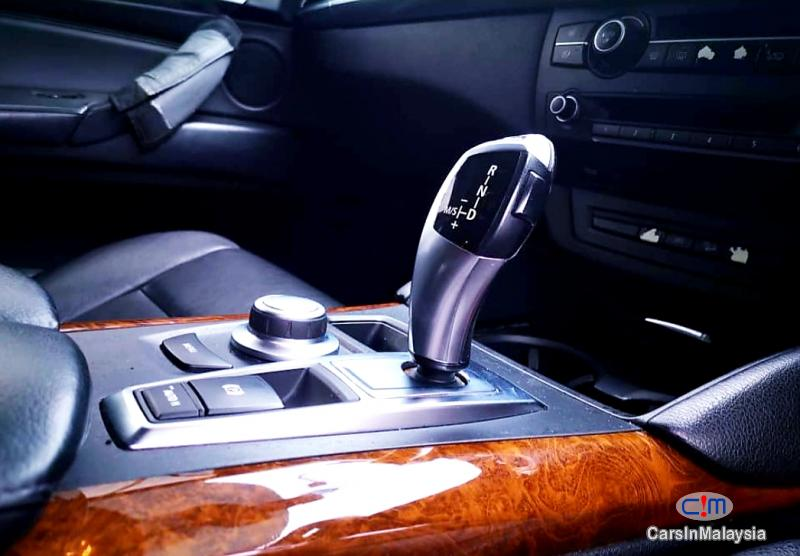 BMW X 3.0-LITER PETROL LUXURY SUV Automatic 2011 in Selangor - image