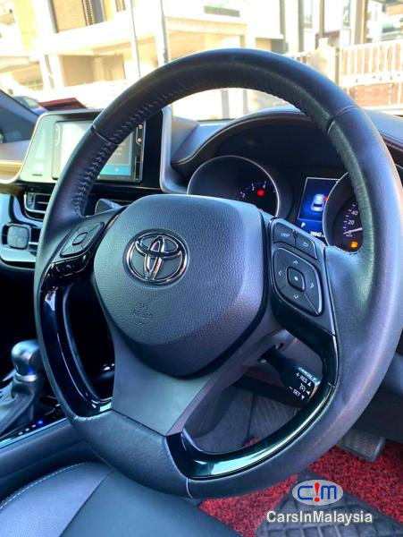Toyota Other 1.8-LITER LUXURY SPORTY SUV Automatic 2019 - image 13