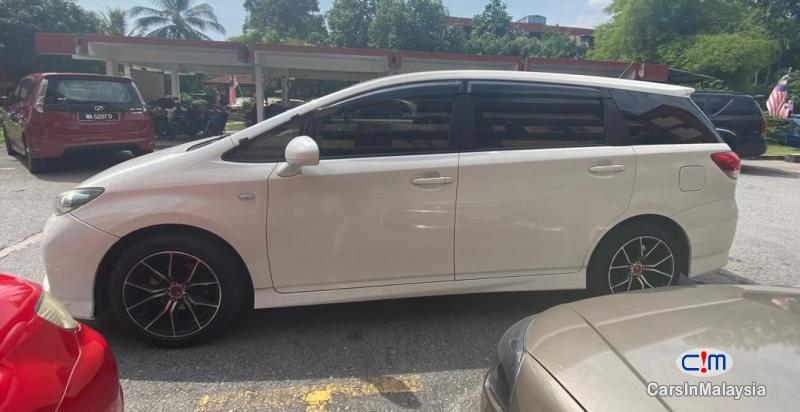 Toyota Wish 1.8-LITER NEW FACELIFT 7 SEATER MPV FUEL SAVER FAMILY SUV Automatic 2017 - image 12