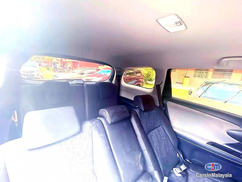 Toyota Wish 1.8-LITER NEW FACELIFT 7 SEATER MPV FUEL SAVER FAMILY SUV Automatic 2017 - image 9