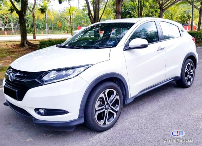 Honda HR-V 1.8-LITER ECONOMY SUV Automatic 2016 in Malaysia