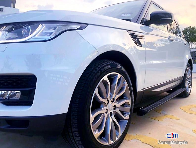 Land Rover Range Rover Sport 3.0-LITER LUXURY SUV DIESEL TWIN TURBO Automatic 2020 in Malaysia - image