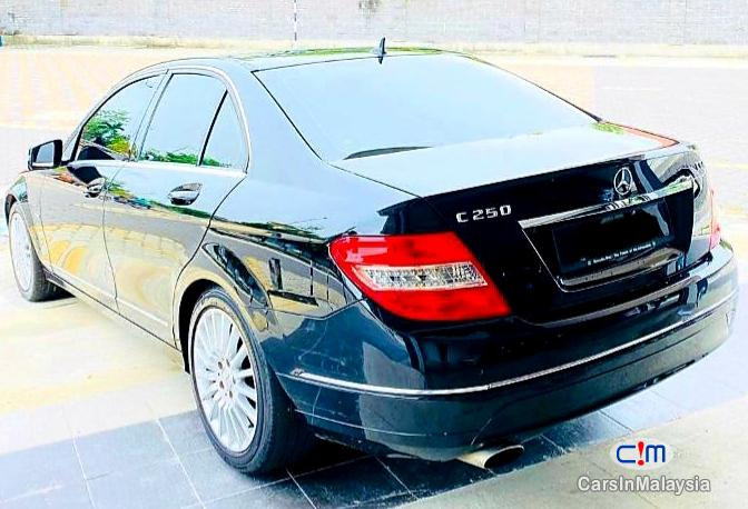 Picture of Mercedes Benz C200 CGI 1.8-LITER LUXURY SALOON Automatic 2011