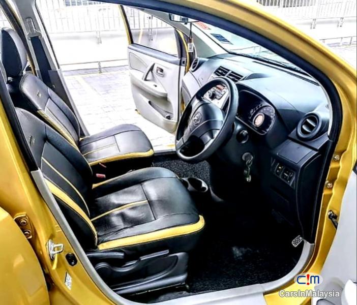 Perodua Myvi 1.3-LITER ECONOMY HATCHBACK Automatic 2015 - image 10