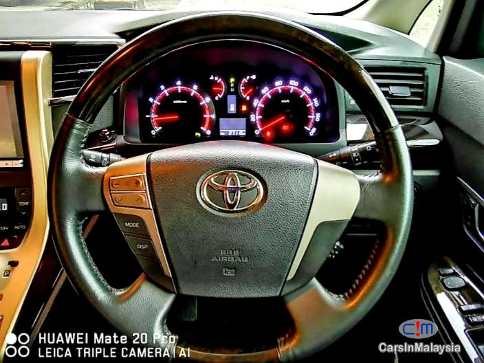 Picture of Toyota Vellfire 2.4-LITER LUXURY MPV 7 SEATER Automatic 2016 in Malaysia
