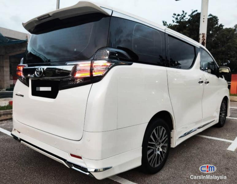 Picture of Toyota Vellfire 2.5-LITER LUXURY MPV PILOT SEAT FULLSPEC Automatic 2017
