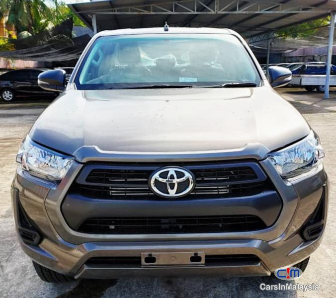 Picture of Toyota Hilux 2.4-LITER 4X4 DOUBLE CAB CHASSIS Automatic 2020