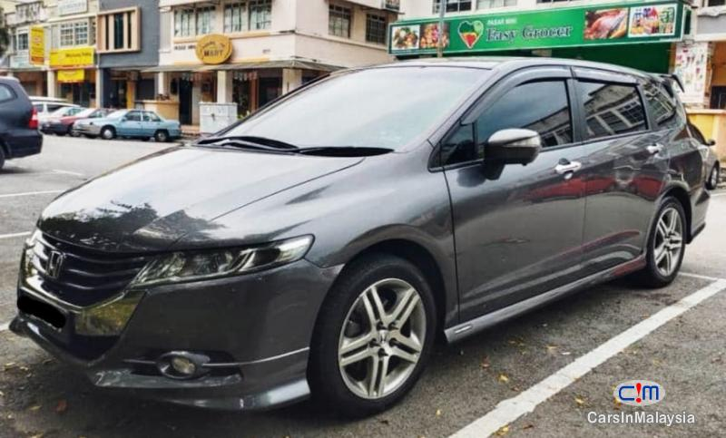 Picture of Honda Odyssey 2.4-LITER LUXURY FAMILY MPV Automatic 2012