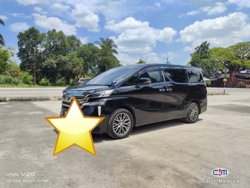 Picture of Toyota Vellfire 2.5-LITER LUXURY 7 SEATER FAMILY MPV Automatic 2020