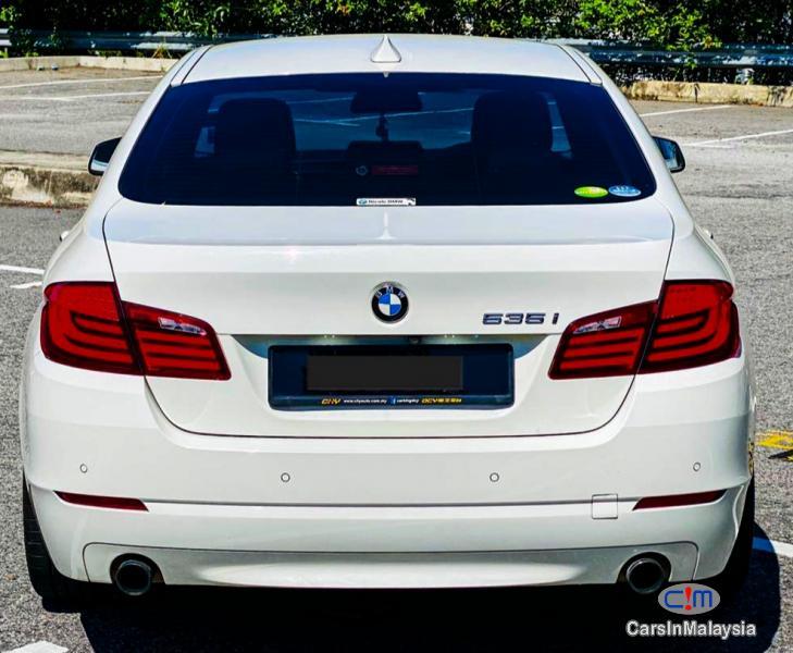Picture of BMW 5 Series 3.0-LITER LUXURY LEMOUSINE FULLSPEC Automatic 2011