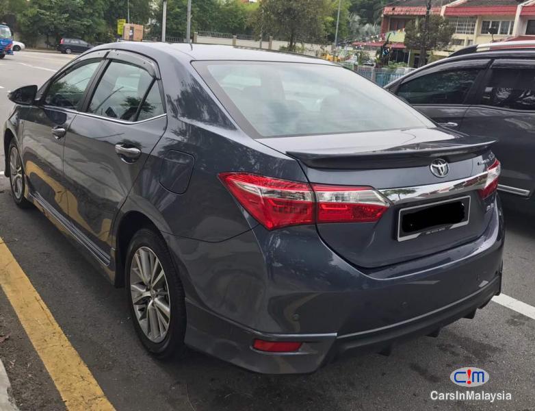 Toyota Altis Automatic 2015