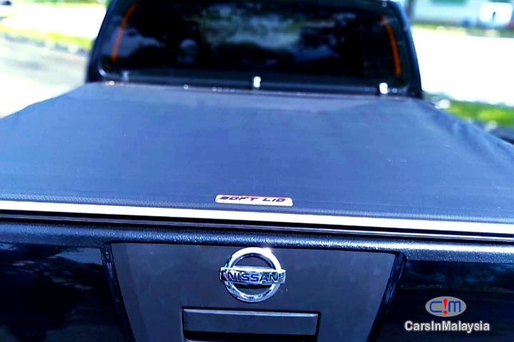 Nissan Navara 2.5-LITER DISEL TURBO 4X4 6 SPEED Manual 2013 - image 10
