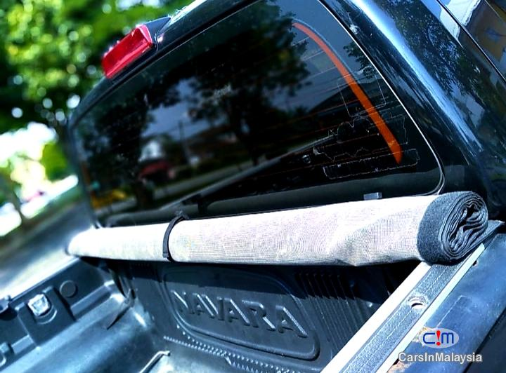 Nissan Navara 2.5-LITER DISEL TURBO 4X4 6 SPEED Manual 2013 - image 11
