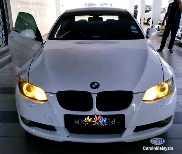 Picture of BMW 3 Series 2.0-LITER LUXURY COUPE SPORTBACK Automatic 2011