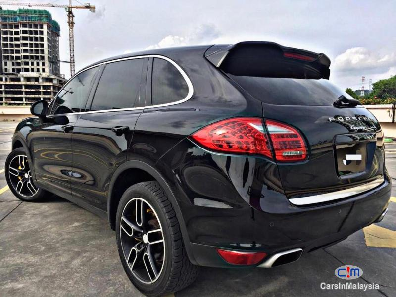 Picture of Porsche Cayenne 3.6-LITER FAMILY LUXURY SUV Automatic 2012 in Selangor