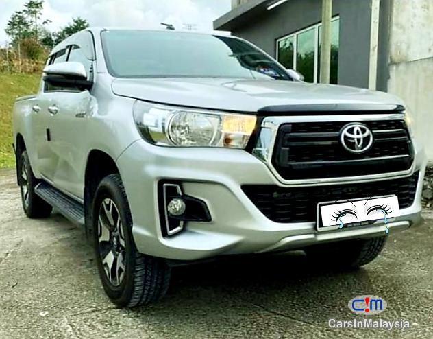 Toyota Hilux 2.4-LITER DOUBLE CAB CHASSIS 4X4 DIESEL TURBO FULLSPEC Automatic 2020 - image 9