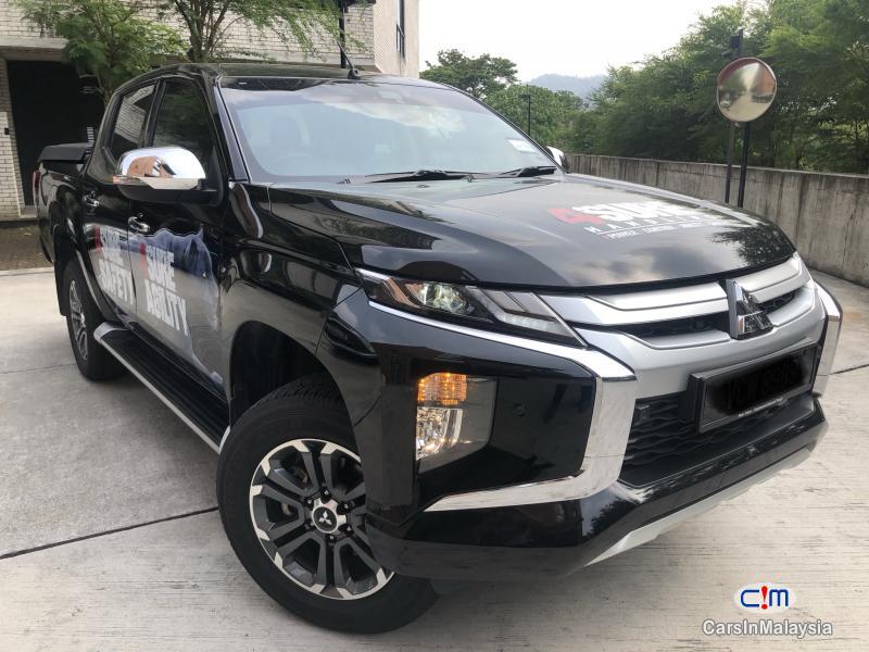 Pictures of Mitsubishi Triton Adventure X Automatic 2018