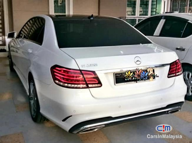 Picture of Mercedes Benz E250 CGI 2.0-LITER TURBO LUXURY SEDAN Automatic 2016