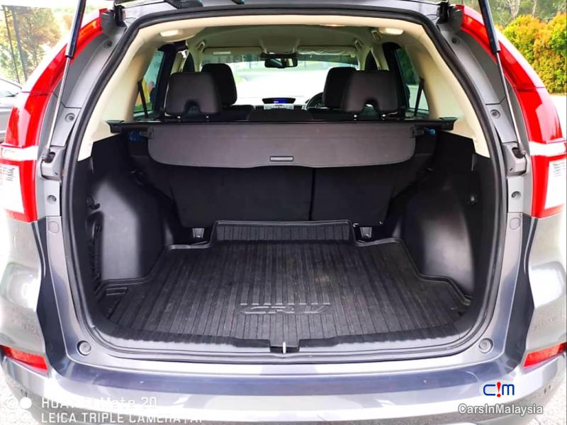 Honda CR-V 2.0-LITER LUXURY FAMILY SUV Automatic 2016 - image 13