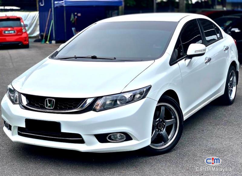 Picture of Honda Civic 2.0-LITER LUXURY SEDAN Automatic 2016
