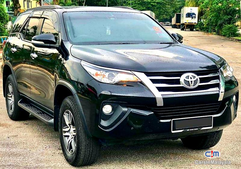 Toyota Fortuner 2.4-LITER 4X4 LUXURY FAMILY SUV 7 SEATER Automatic 2016 in Kuala Lumpur