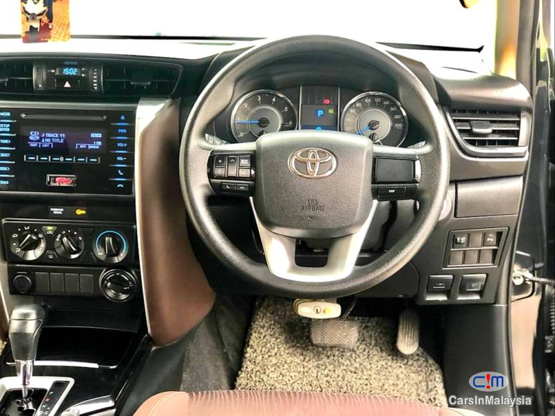 Toyota Fortuner 2.4-LITER 4X4 LUXURY FAMILY SUV 7 SEATER Automatic 2016 in Kuala Lumpur - image