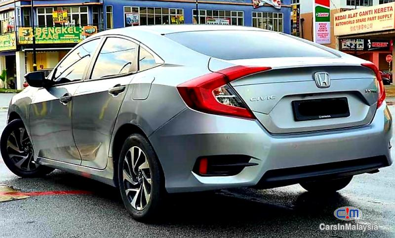 Honda Civic 1.8-LITER LUXURY SPORTY SEDAN Automatic 2018 in Malaysia