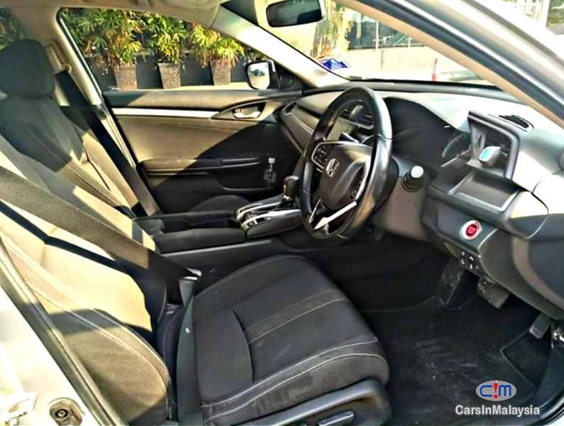 Honda Civic 1.8-LITER LUXURY SPORTY SEDAN Automatic 2018 in Malaysia - image