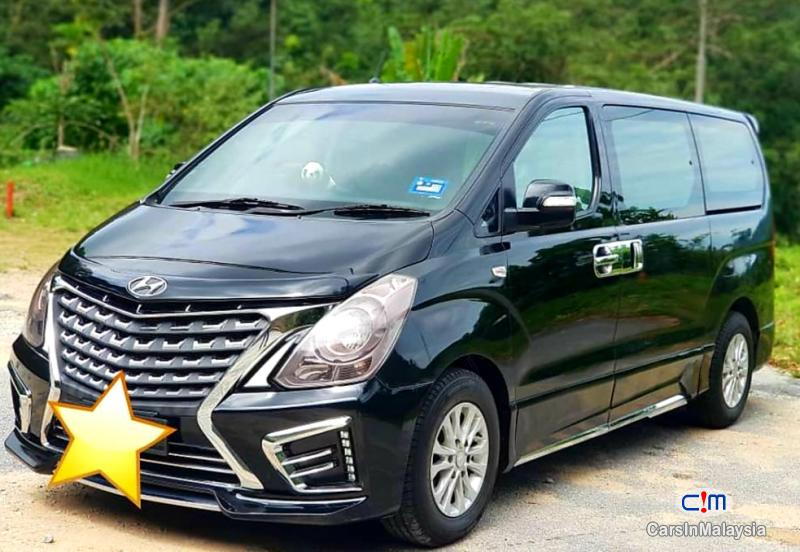 Picture of Hyundai Grand Starex 2.5-LITER 11 SEATER FAMILY MPV Automatic 2013