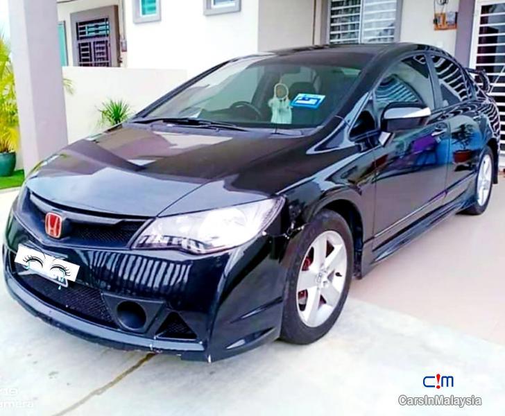 Honda Civic 2.0-LITER LUXURY SEDAN Automatic 2010 in Malaysia