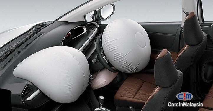 Toyota Sienta 1.5V Automatic 2017 - image 11