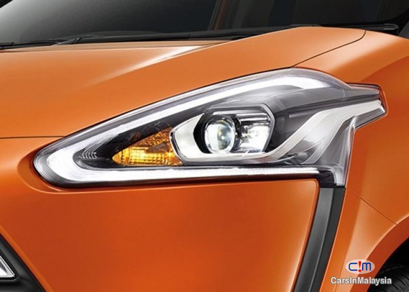 Toyota Sienta 1.5V Automatic 2017 - image 20