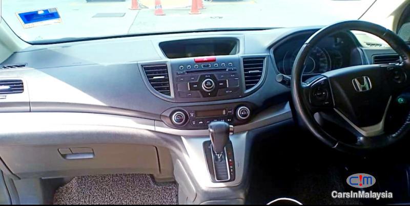 Honda CR-V 2.0-LITER LUXURY FAMILY SUV Automatic 2013 - image 12